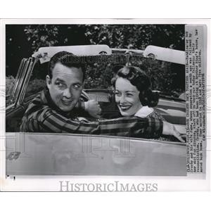 1956 Wire Photo Bandleader Bob Crosby and his wife June - cvw00028