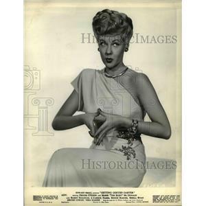 1949 Press Photo Marie McDonald Getting Gerties Carter - cvp35940
