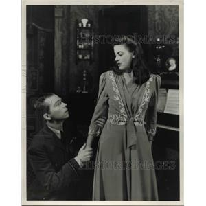 1943 Press Photo Reigh Walston and Florence Healy in You Touched Me - cvp30084