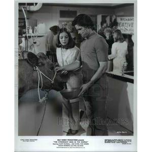 """1975 Press Photo Kurt Russell Ann Marshall in """"The Strongest Man in The World"""""""