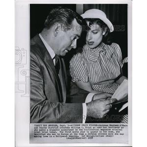 1957 Wire Photo Maureen O'Hara and Atty.William L.Ritzi Check Her Testimony