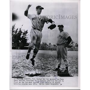 1954 Press Photo Red Sox manager Lou Boudreau & Billy Consols at Sarasota Fla