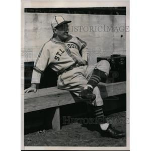 1941 Press Photo Fred Haney manager of St Louis Browns at practice in Texas