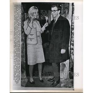 1964 Wire Photo Peter Sellers and Britt Eklund are Shown at His Home in Elstead