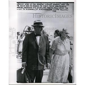 1960 Wire Photo Mr. and Mrs. Oliver W. Powers stop at Roanoke Airport.