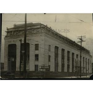 1925 Press Photo New Central Police headquarters building at Payne Avenue