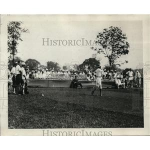 1926 Press Photo Willie MacFarland driving off the tee