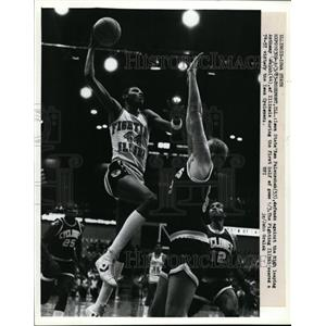 1953 Press Photo Iowa State's Ron Falenschek vs Anthony Welch of Illinois