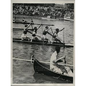 1934 Press Photo Sculls, canoes & racing canoes on River Yarra in Australia