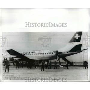 1940 Press Photo Hijacked Swissair plane at Dawson's Field in Jordan