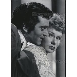 1960 Press Photo Sir Laurence Olivier And Daphne Anderson - orx00643