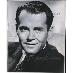 1945 Press Photo Spy on the Kilocycles with Henry Fonda - orx03463