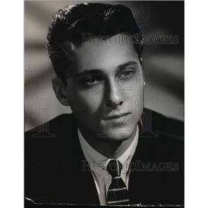1957 Press Photo Allan Jones Jr. stars in Keeping Up with The Jones. - orx03221