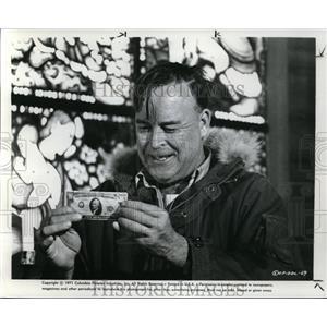 1972 Press Photo Scott Brady in Dollars at the Cinema 21 - orx02017