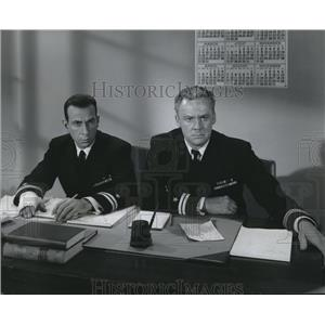 1954 Press Photo Jose Ferrer & Van Johnson star in The Caine Mutiny - orx04310