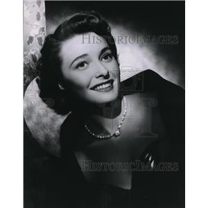 1951 Press Photo Patricia Neal Sunday Movies - orx02161