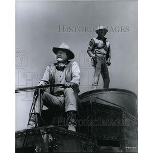 Press Photo John Wayne and Kirk Douglas stars in The War Wagon. - orx03231
