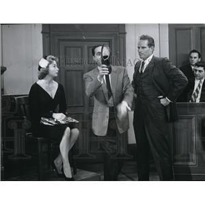 1960 Press Photo Charlton Heston in Tiptoe Through TV - orx02858