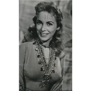 1958 Press Photo Janet Leigh as she plays a lead in The Vikings series