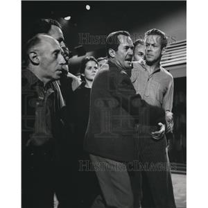 1960 Press Photo Frank Lovejoy Dan Duryea In Shadow Of Pale Horse