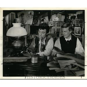 1962 Press Photo Laurence Harvey and Karl Boehm play the Brothers Grimm