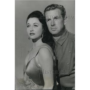 1955 Press Photo Sterling Hayden and Vera Ralston as they star in Timberjack