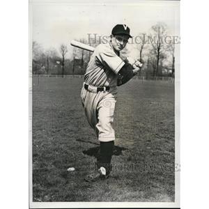 1940 Press Photo Jimmy Dykes Jr at baseball for Villanova University - nes41061