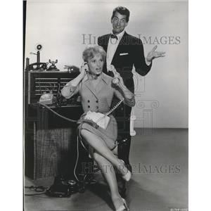 1960 Press Photo Dean Martin & Judy Holliday in The Bells Are Ringing
