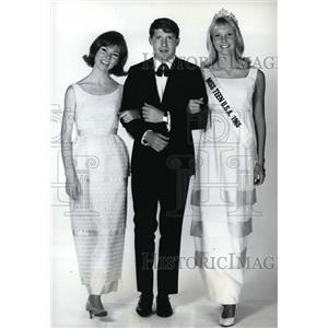 1965 Press Photo Pat Morrow, Chris Connelly & Susan Henning co hosts Pageant