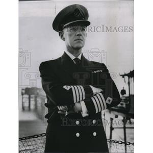 1958 Press Photo Alec Guinness in All at Sea