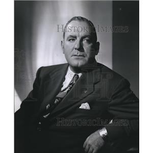1949 Press Photo Actor Pat O'Brien stars in Dead Ernest.