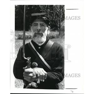 1987 Press Photo Dennis Gamble, 43, an analytical chemist. - cva99234
