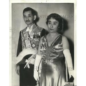 1937 Wire Photo Japanese Ambassador Hirosi Saito and his wife - cvw06401