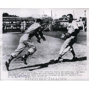 1954 Press Photo Tiger Fred Hatfield & Harvey Kuenn at Lakeland Fla training