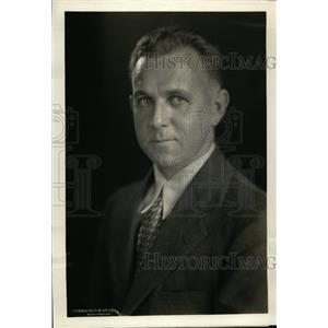 1933 Press Photo E.Mc D.Kintz Chief Enforcement Section of Air Regulation Board