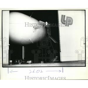 1982 Press Photo Dirigible being built at Tillamook Airport, Oregon - orb64979