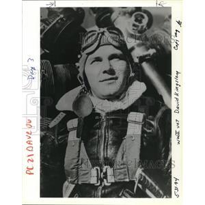 1994 Press Photo David Kingsley World War II Veteran Pilot - ora50205