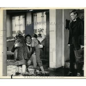 1963 Press Photo Laurence Harvey in Wonderful World of of the Brothers Grimm