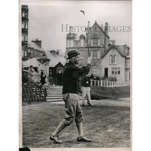 1936 Press Photo Sir John Simon at St Andrews golf course in Scotland
