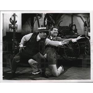 1967 Press Photo Robert Preston & Buddy Hackett in The Music Man - cvp78432