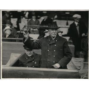 1928 Press Photo Fire Chief Gene A. Wallace - cvp80489