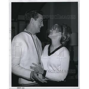 1963 Press Photo Paul Orgill & edwina Gough - cvp79155