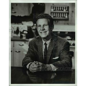 Press Photo Ozzie Nelson in Mothers-In-Law - cvp76601