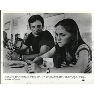 1979 Press Photo Sally Field & Rob Liebman in Norma Rae - cvp78371