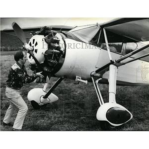 1979 Press Photo Jay Cookes in vintage Fairchild, pilots plane, the smiling Jack