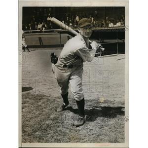 1934 Press Photo Pete Fox right fielder of Detroit Tigers - nes46122