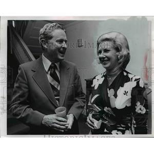 Press Photo John R. Kramer and Mrs Sydney C Howell  - nee92572