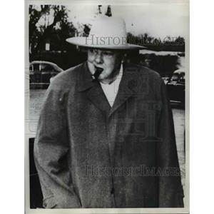 1959 Press Photo British elder statesman Winston Churchill wears Stetson