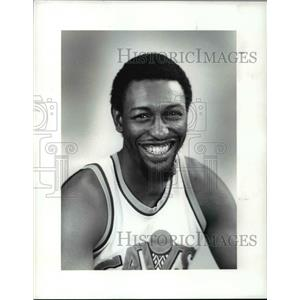1986 Press Photo Edgar Jones of Cleveland Cavaliers - cvb64460