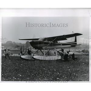 1981 Press Photo Seaplane takes-off from Timmerman Field - mja01715